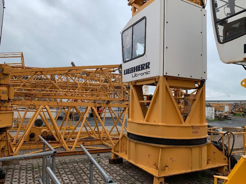 Liebherr 140EC-H6 No. 41804
